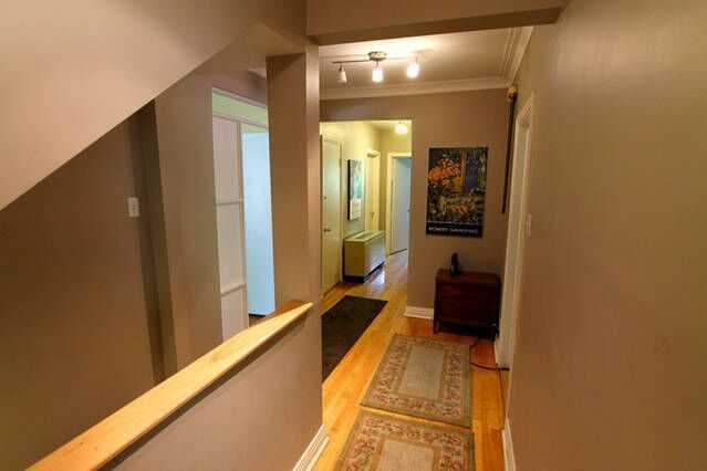 house_dolbeau_groundfloor_corridor