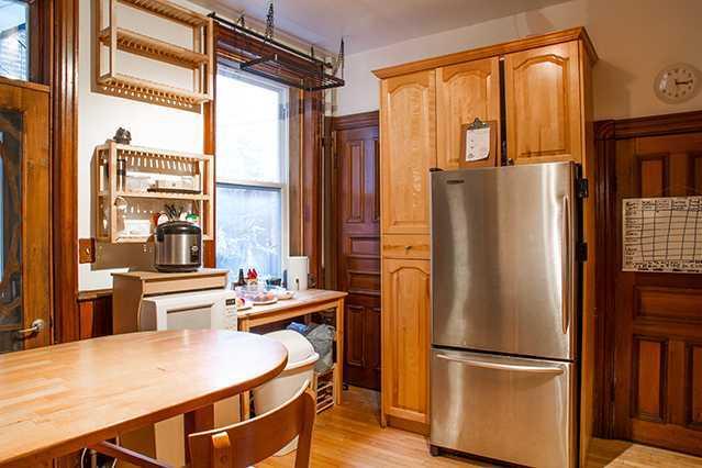 house-laval_kitchen1