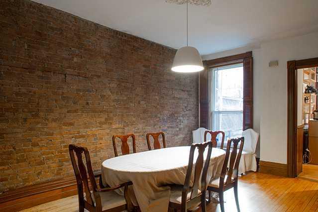 house-laval_livingroom1