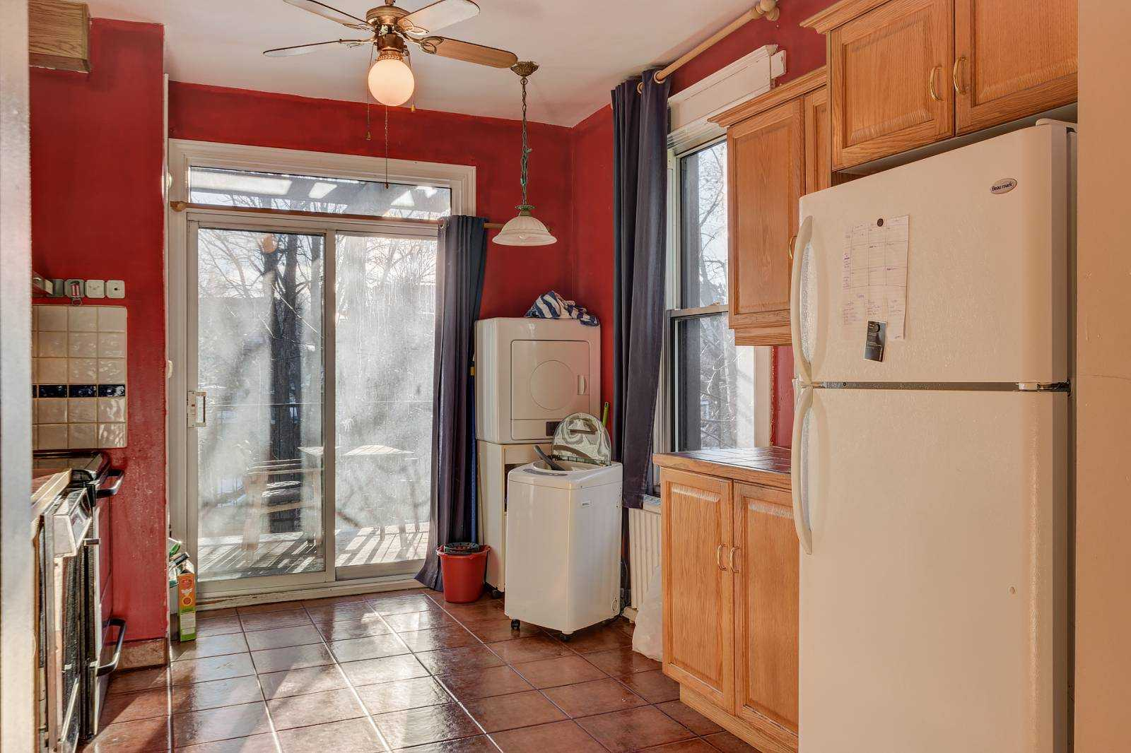 rooms-to-rent-mtl-kitchen-2