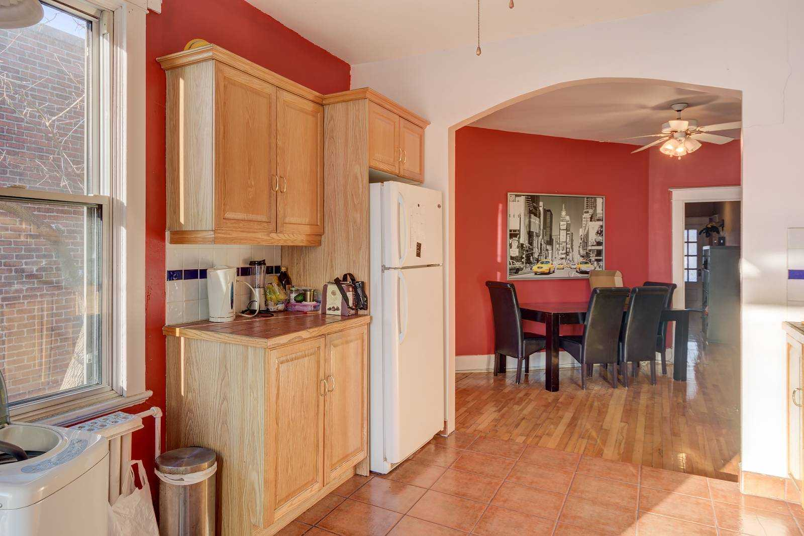 rooms-to-rent-mtl-kitchen-4