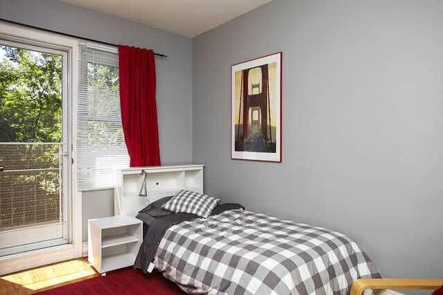 Room 5 Maison près d'HEC second floor