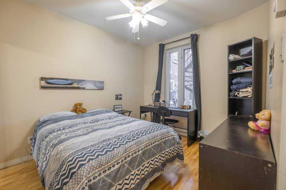 Room 2 / La Maison Coloniale du Plateau